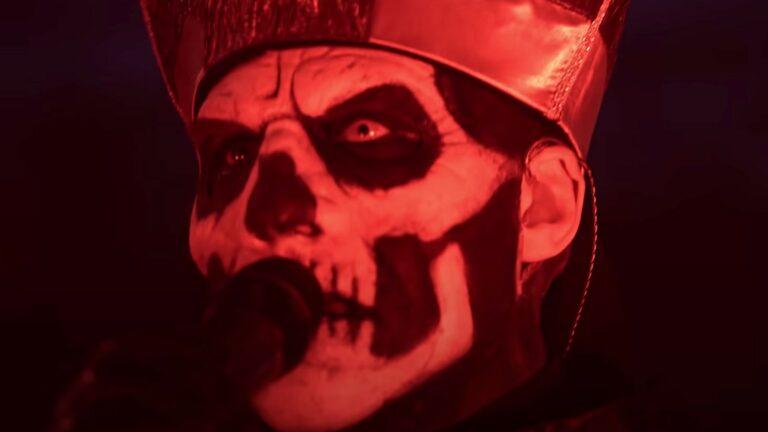 Ghost Papa Emeritus II 2 Monstrance Clock